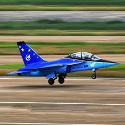 Военные самолеты оснастят китайскими шинами.