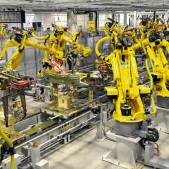 Роботы будут работать на заводах Китая